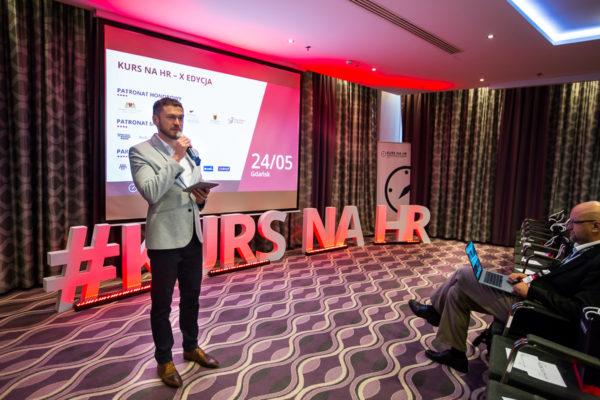 Konferencja Kurs na HR w Gdańsku 2018 Hotel Hilton i Piotr Bucki 1 600x400 - Edycja w Gdańsku 2018