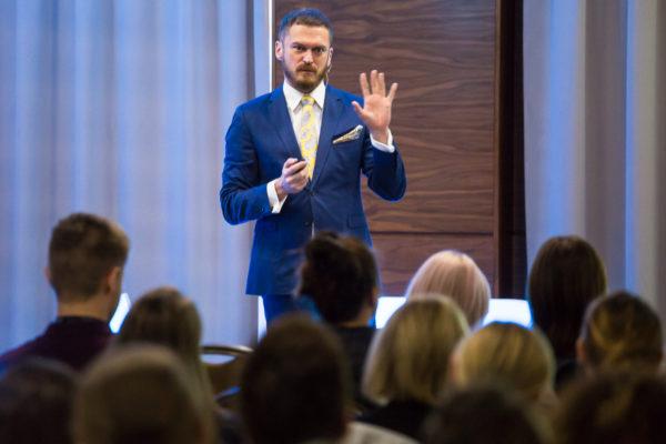 Kurs na HR Wroclaw 1200 3838 600x400 - Edycja we Wrocławiu 2018